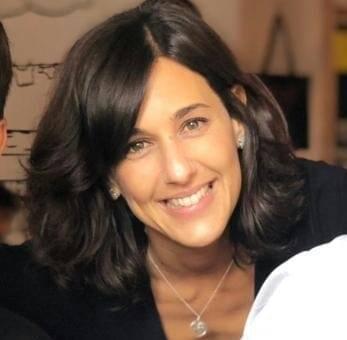 Ana Comino González